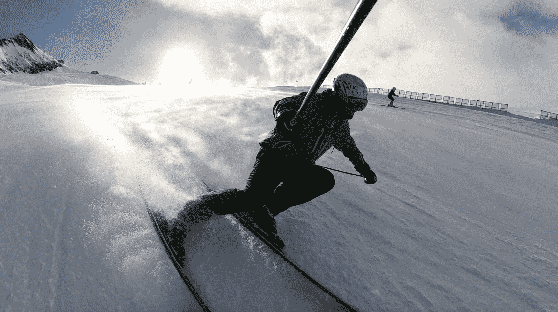 ski charge jambe extérieure